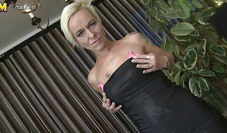 युवा गोरा मोटी सेक्सी मूवी बीएफ बड़े स्तन पर डाल