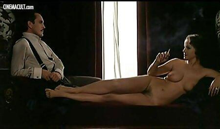 समलिंगी स्त्रियां, आकर्षक महिला, काले बाल वाली, मूठ मारना, अकेले, खिलौने, नकली लंड, योनि बफ फुल सेक्सी फिल्म