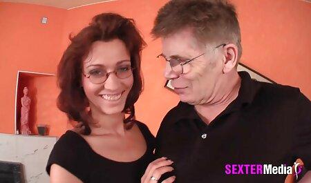 अपने पसंदीदा एचडी मूवी बीएफ सेक्सी में एक परिपक्व पत्नी के खेल की व्यवस्था